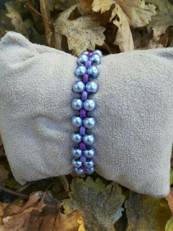 دستبند مهره صدفی آبی