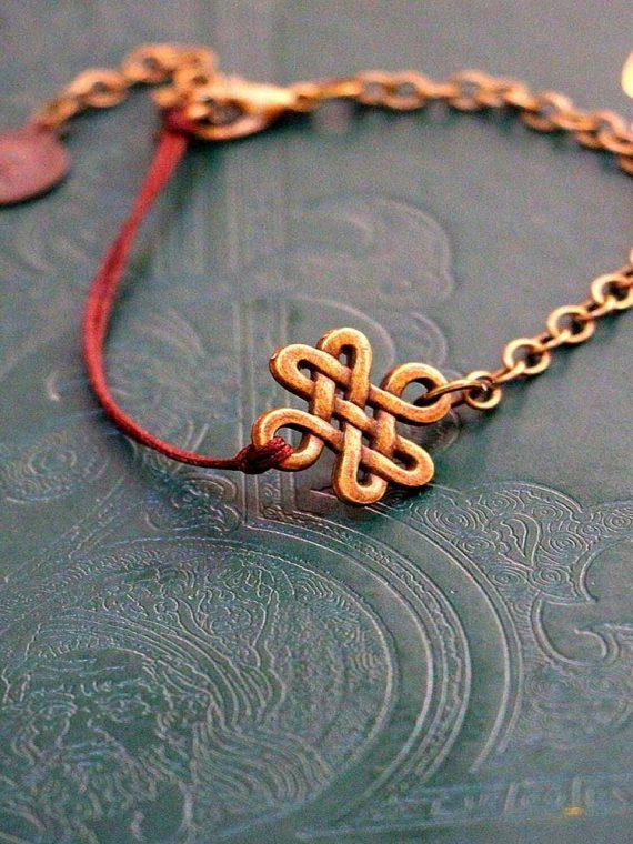 دستبند زنجیر و بندی