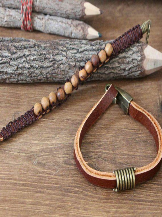 ست دست ساز دستبند چرم طبیعی (گاو) ومهره های چوبی و پلاک برنزی