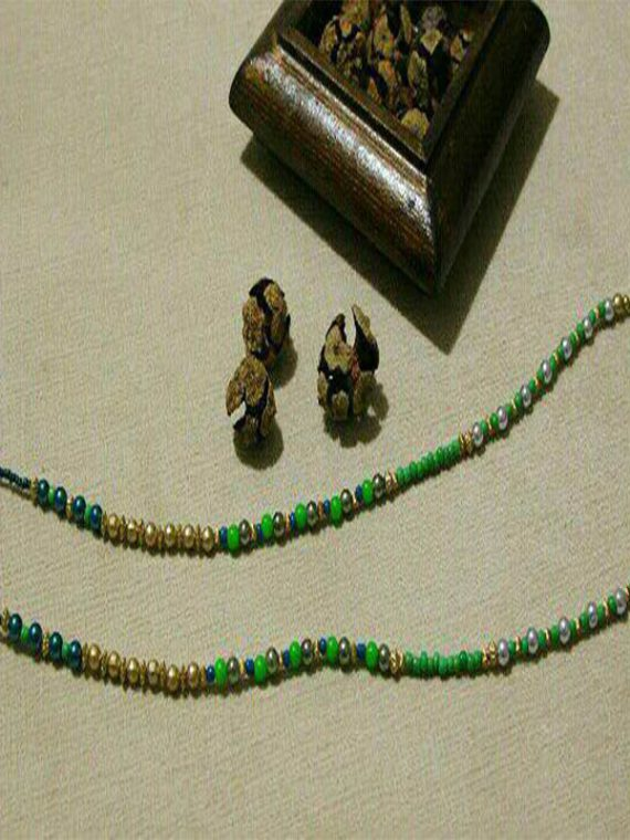 بند عینک دست ساز مهره سبز طلایی